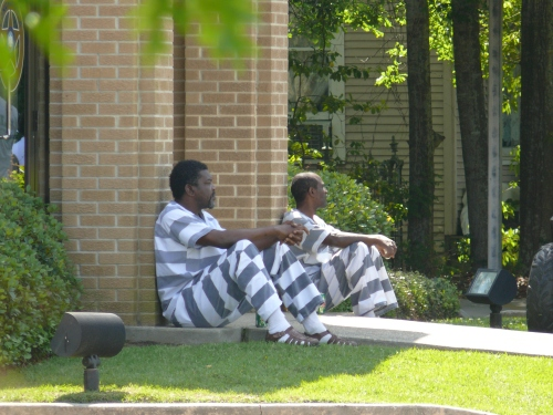 prisonerstight