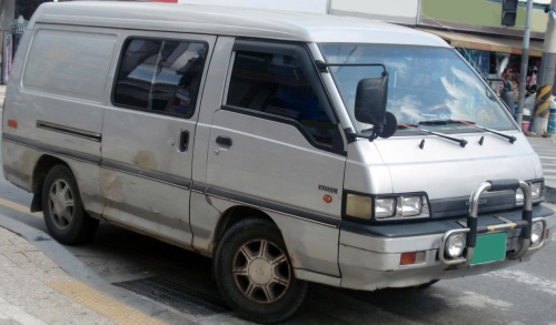 Hyundai_van